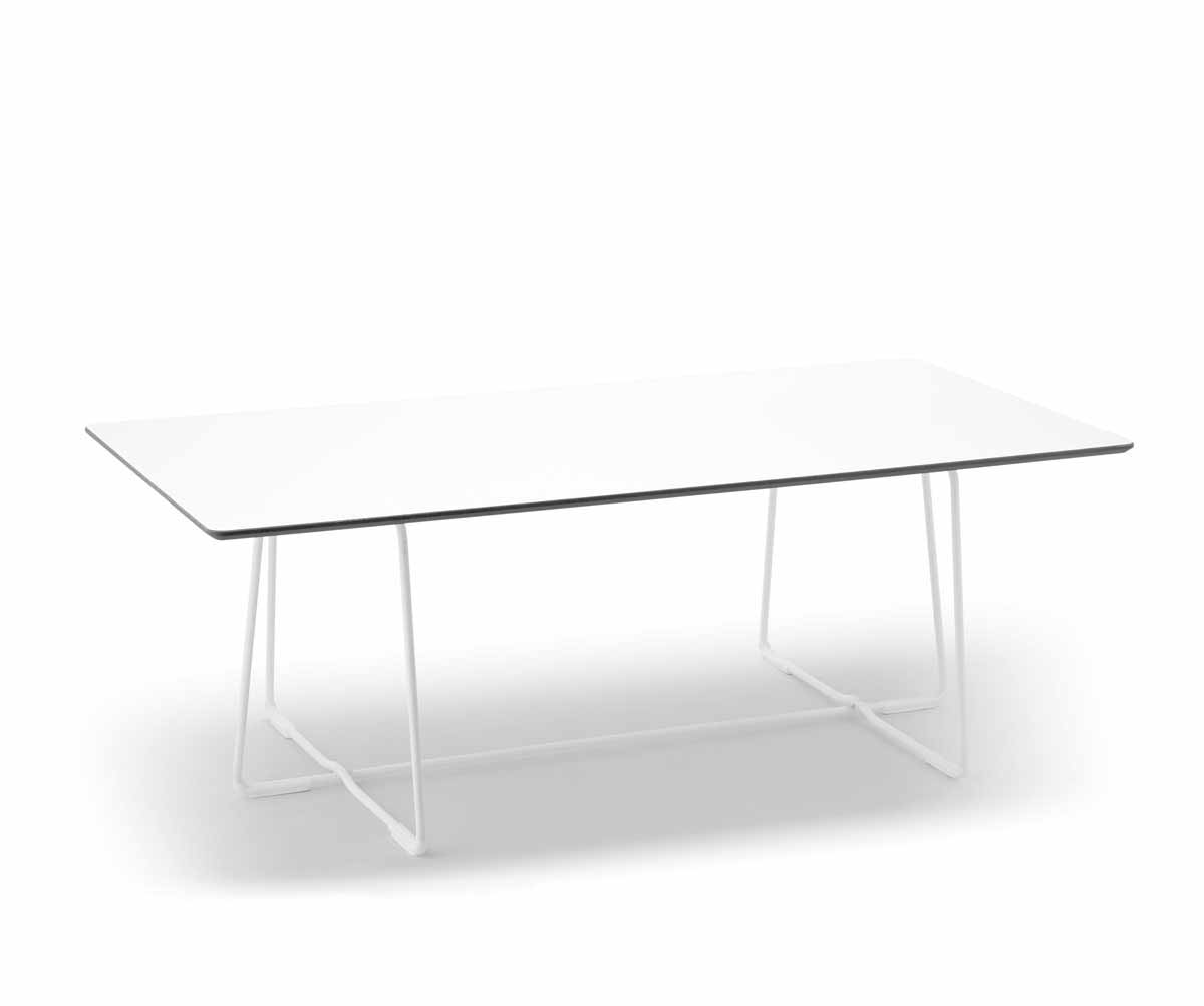 Coffee_table_3.jpg