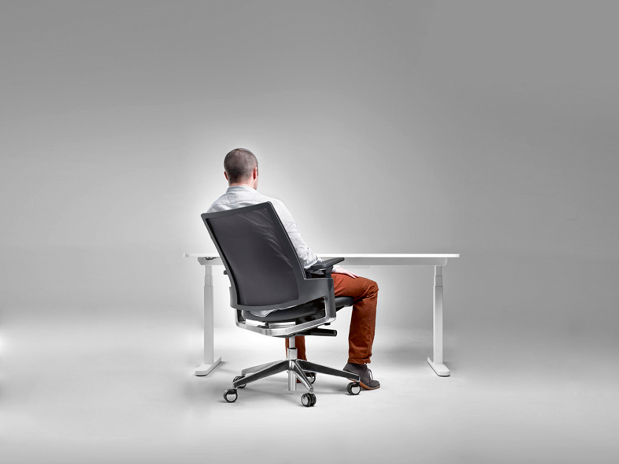 Ergonomic_chair_21.jpg