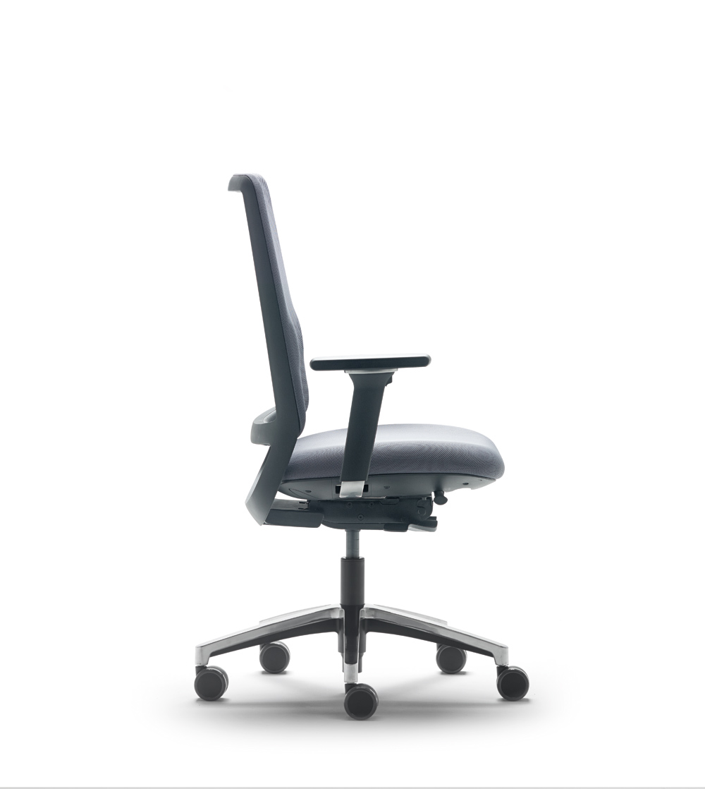 Office_chairs_Lebanon_24.jpg